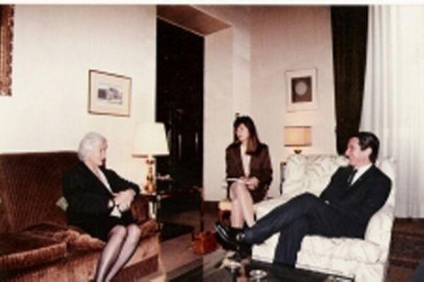 Paula Queiroz e Susanna Agnelli e Presidente Collor de Mello