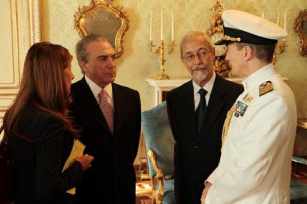 michel-temer-almirante-ambasciata-brasile34A40B59-682D-761A-CD4E-C3831F1A6D1B.jpg