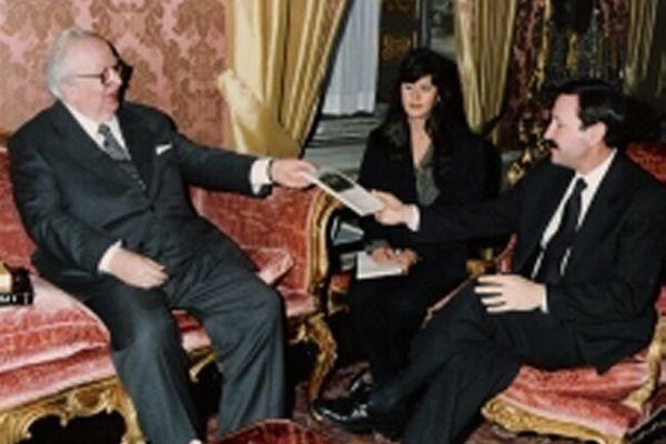 spadolini-ambasciatore-portogallo-senato1FB072AC-8011-C418-5F21-97C4528A8951.jpg